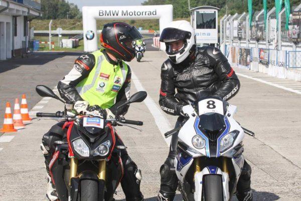 superbike school